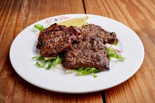 طبق ستيك لحم