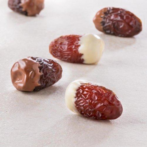 Segai Premium Large filled with Tahini Dipped in White Chocolate