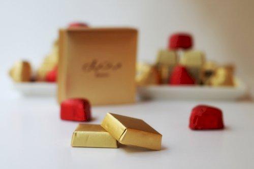 Wrapped Chocolates - Pistachio Halawa