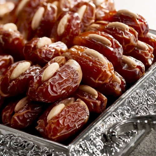 Segai Premium Large with Roasted Almond