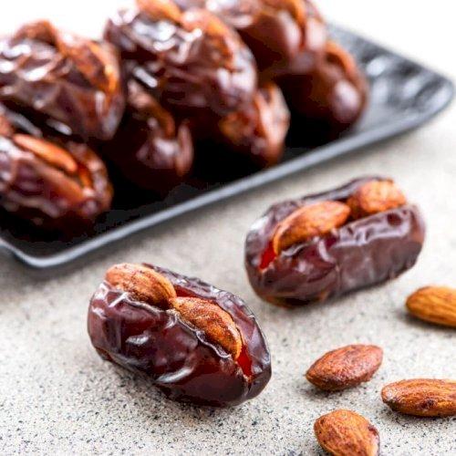 Khidri with Smoked Almond