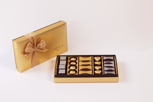 Cassandra Gold with Wrapped Origin Chocolates (Small)