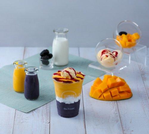 Couple Smoothie (Black Berry Mango)